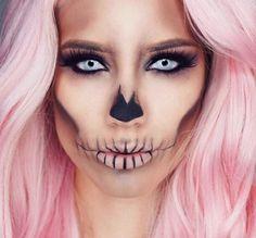 Scary Barbie, Halloween Makeup, Pink Hair, Makeup Like Skull . - halloween - Make Up Ideen Halloween Skull Makeup, Amazing Halloween Makeup, Halloween Looks, Barbie Halloween, Easy Skeleton Makeup, Skull Face Makeup, Terrifying Halloween, Halloween Costumes, Holiday Costumes