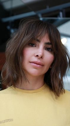 The shag is back! Click here to see this year's modern short shag haircuts for the ultimate beachy, shaggy look. (Photo credit Instagram @salsalhair) Short Shag Hairstyles, Latest Hairstyles, Hairstyles Haircuts, Shaggy, Photo Credit, Hair Cuts, Chic, Hair Styles, Modern