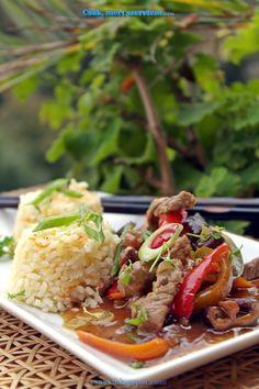 Csak, mert szeretem...  kreatív gasztroblog: SZECSUÁNI MARHA PIRÍTOTT TOJÁSOS RIZZSEL Hungarian Recipes, Hungarian Food, Meat Recipes, Beef, Ethnic Recipes, Fine Dining, Meat, Hungarian Cuisine, Ox