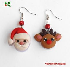 Orecchini babbo natale e renna in fimo ,santa claus earrings by Velours Noir Crèations, 8,50 € su misshobby.com Polymer Clay Ornaments, Polymer Clay Figures, Cute Polymer Clay, Polymer Clay Miniatures, Fimo Clay, Polymer Clay Charms, Polymer Clay Jewelry, Diy Christmas Earrings, Christmas Jewelry