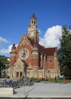 Sankt Johannes kyrka, Malmö Scandinavian Art, 16th Century, Baddies, Big Ben, Sweden, Art Nouveau, Germany, Tours, Mosques