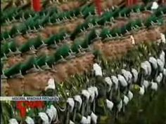 Serbian Army singing anthem in front of Parliament, Belgrade - YouTube