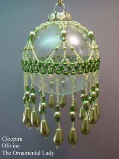 Olivine Cleopira Beaded Ornament Kit von TheOrnamentalLady auf Etsy