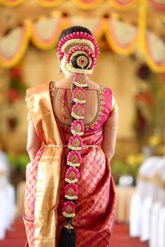 "Roshni Safir ""Portfolio"" Bridal Hairstyle for Long Hair Bridal Wedding Hairstyle, Mehendi Hairstyle. South Indian Wedding Hairstyles, Bridal Hairstyle Indian Wedding, Bridal Hair Buns, Indian Bridal Fashion, Indian Hairstyles, Bride Hairstyles, Indian Wedding Flowers, Traditional Hairstyle, Wedding Saree Collection"