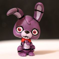 My current project is to make all the Five Nights at Freddy's characters from the first and second games from LPS figures Here's the second one, Bonnie! Bonnie from FNAF LPS custom Little Pet Shop, Little Pets, Fnaf Cakes Birthdays, Totoro, Fnaf Action Figures, Custom Lps, Christmas Haul, Lps Pets, Doll Repaint