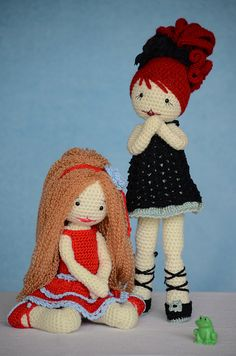 Lara, Lulu and the little frog by Lenekie, via Flickr Love the hair!!!