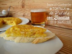 Tortilla de patatas con cebolla y bacalao: http://tortilla-de-patatas-con-cebolla-y-bacalao.recetascomidas.com/