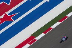 Der Spanier Aleix Espargaro beim freien Training der MotoGP-Rennserie in Austin. (Foto: Mirco Lazzari/Getty)