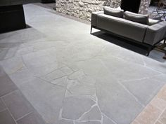 Crazy paving: Bolzano sandstone paving