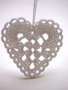 crochet heart by omⒶ KOPPA: Peiliin katsomisen paikka Crochet Motifs, Crochet Diagram, Crochet Doilies, Crochet Flowers, Crochet Stars, Crochet Snowflakes, Diy Crafts Crochet, Crochet Projects, Doily Patterns