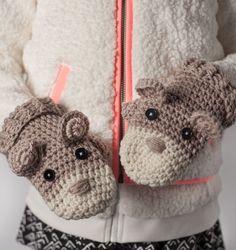 Ahhhdorable Critter Mittens: FREE crochet pattern