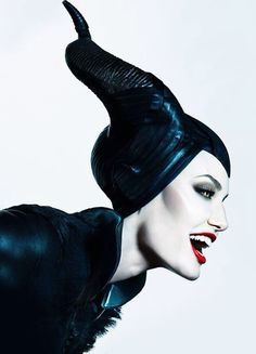 Maleficent -Angelina Jolie latest Disney movie- [Click twice on the photo to find out more] Maleficent Quotes, Maleficent Cosplay, Maleficent 2014, Angelina Jolie Maleficent, Maleficent Movie, Malificent, Maleficent Makeup, Disney Love, Walt Disney