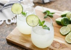 The Perfect Mojito will never go out of style - get the recipe at barefeetinthekitchen.com
