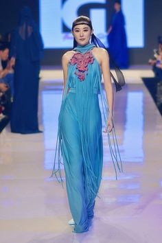 My Malaysia Fashion Week 2016 Spring Summer 2017 Collection. Gil Macaibay III/ PHILIPPINES 💋 Mercedes-Benz Stylo Asia Fashion Week. Photo by Roger Nazar Jr Lactao #gilmacaibay #mfw2016 #mfwS/S17 #MBSAFW #fashion #style #hautecouture #MarketingForum #tradeshow #Malaysia #Philippines #fashiondesigner #runway #fashionshow #Asia #gilmacaibayfashionstudio #rogerlactaojrphotography #malaysiafashionweek #ofdg #photography