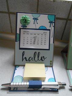 heute habe ich die Anleitung für den Mini Kalender für euch.  Das ist eine ganz normale Easel Card. Dazu findet ihr im WWW unzählige Anlei...