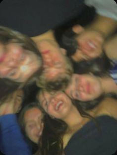 Photos Bff, Best Friend Photos, Best Friend Goals, Friend Pics, I Need Friends, Cute Friends, Best Friends, Joey Friends, Drunk Friends