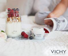 Yeni bir haftaya başlangıç yapmanın en güzeli yolu; sağlıklı atıştırmalıklar ve kırışıklık karşıtı Liftactiv! kozmium.com/p/vichy-liftactiv-supreme-cream-50-ml-  #vichy #dermokozmetik #kozmetik #kozmium