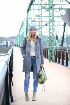 Dress Down Friday: Comfy Neutrals via BrooklynBlonde.com / @brooklynblonde  Coat: Aritzia. Sweater: Zara. Jeans: Current Elliott. Beanie: Neff. Boots: Nine West c/o. Bag: Balenciaga Friday, March 1, 2013