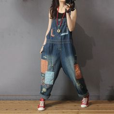 Folk Style Patchwork Denim Overalls Distressed Baggy Dungarees for Woman in Dark Blue One Size Denim Dungarees Outfit, Overalls Women, Women's Overalls, Denim Vintage, Overalls Vintage, Patchwork Jeans, Wardrobe Makeover, Baggy Clothes, Rock Design
