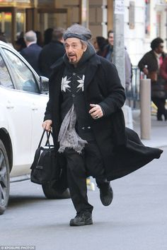 Al Pacino makes a mad dash to make his Broadway performance in a bizarre ensemble Al Pacino, Godfather Actors, The Godfather, Stallone Rocky, Delon, Diane Keaton, The Expendables, China Dolls, Hommes Sexy