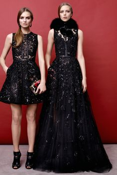 Elie Saab Pre-Fall 2015 Fashion Show - Agne Konciute, Esther Heesch Elie Saab Couture, Couture Mode, Style Couture, Couture Fashion, Runway Fashion, Fashion Week, Fashion Show, Fashion Design, The Dress