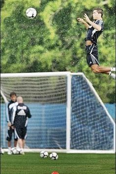 Air Ronaldo :P