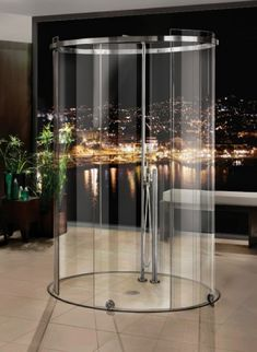 Oval Shower, great view!