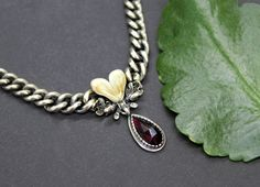 Trachtenkette Linda Grandl - Schmuck Steiner Gudrun, Heart Charm, Charmed, Bracelets, Jewelry, Fashion, Necklaces, Modern, Hunting