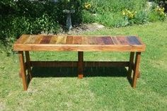 Pallet Wood Top Bar: 4 Steps (with Pictures) Wood Bar Top, Wood Bar Table, Wood Bar Stools, Diy Table, Diy Pallet Projects, Woodworking Projects Diy, Backyard Projects, Pallet Ideas, Outdoor Projects