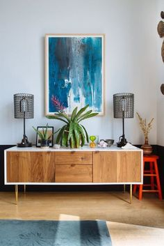 Charming+wall+art+and+midcentury+modern+furniture
