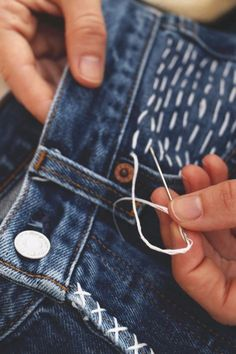 >>>Visit>> Jeans Makeovers - Simple Stitch Over Denim Pocket Design - Easy Crafts and Tutorials to Refashion Your Jeans and Create Ripped Distressed Bleach Lace Edge Cut Off Skinny Shorts and Painted Jeans Ideas diyprojectsfortee.Add so Sewing Hacks, Sewing Crafts, Sewing Projects, Sewing Diy, Easy Projects, Sewing Tutorials, Sewing Ideas, Do It Yourself Jeans, How To Rip Your Jeans