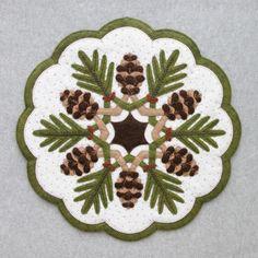 Pinecones : DesignAndBeMary.com