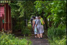 Returning to home  Suzdal in Vladimir oblast, Russia, June 2015