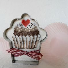 Cross Stitch Cupcake in Cookie Cutter Frame by SnowBerryNeedleArts (cute finishing idea!)