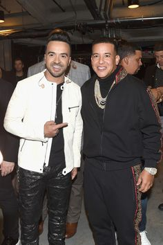 Daddy Yankee Photos - Luis Fonsi and Daddy Yankee pose backstage at the 60th Annual GRAMMY Awards at Madison Square Garden on January 28, 2018 in New York City. - 60th Annual GRAMMY Awards - Backstage