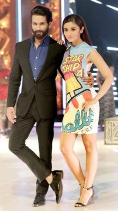Shahid Kapoor and Alia Bhatt promoting #Shaandaar on #JhalakDikhhlaJaa finale. #Bollywood #Fashion #Style #Beauty #Handsome #Hot #Cute