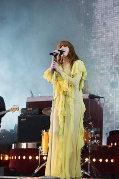 Pin for Later: Can You Guess Hollywood's Favorite Label of the Year? Florence Welch