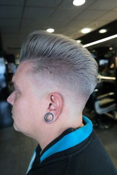 #haarvisie #haircolor #menhairstyle #hairstyles2017 #haarevisierijswijk #olaplex Haircolor, Diamond Earrings, Jewelry, Fashion, Hair Color, Moda, Jewlery, Jewerly, Fashion Styles