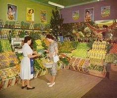 An Australian woman shopping for fresh fruit, c.1960.