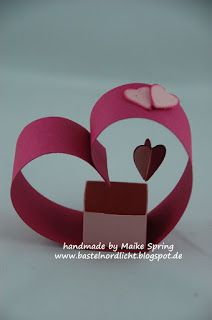 Bastelnordlicht by Maike Spring: Tutorial/Anleitung Herz-Goodies Upcycled Crafts, Diy And Crafts, Crafts For Kids, Paper Crafts, Diy Gift Box, Diy Gifts, Celtic Knot Tutorial, Candy Art, Gift Bows