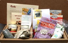 Monthly delivery of hand-picked, all-natural or organic dog or cat goodies directly to your doorstep - Pawalla