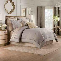 Valeron Elandra Comforter Set