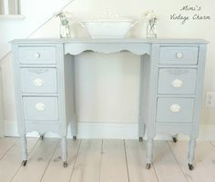Mimi's Vintage Charm: Paris Grey Vanity (before & after) Refurbished Furniture, Paint Furniture, Vintage Furniture, Furniture Makeover, Furniture Design, Country Chic Cottage, Romantic Cottage, Gray Vanity, Romantic Table