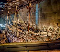 Un buque gigante que solo navegó 300 metros, pasó 333 años bajo el mar, y ahora recibe millones de visitas en un museo (En Suecia)