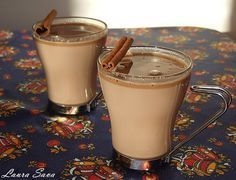 Ciocolata calda Sweets Recipes, Keto Recipes, Cooking Recipes, Nutella Pancakes, Delicious Desserts, Yummy Food, Frappe, Sweet Memories, Something Sweet