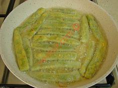 Mısır Unlu Taze Fasulye Kızartması Tarifi Yapılış Aşaması 9/12 Yogurt, Bread, Ethnic Recipes, Roman, Pasta, Food, Brot, Essen, Baking