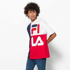 Shop the Indo Color Blocked American Fit Tee at the official FILA online store ✓ large selection ✓ fast shipping ✓ 30 days to return Tee Shirts, Tees, Colorful Shirts, Streetwear, Dark Blue, Men's Fashion, American, Fitness, Model