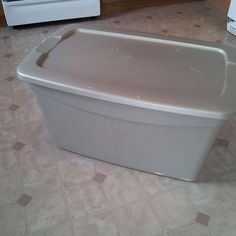 Storage Bin To Toy Box Makeover!