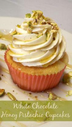 White Chocolate Cupcakes With Honey Pistachio Frosting - Cupcake Cupcakes Gourmet, Cupcake Flavors, Yummy Cupcakes, Honey Cupcakes, Strawberry Cupcakes, Dairy Free Cupcakes, Savory Cupcakes, Fruit Cupcakes, Moist Cupcakes