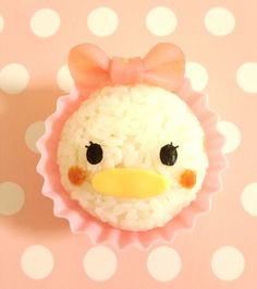 Disney's Tsum-Tsum Onigiri Tutorials (Japanese) by 森崎りよ Minnie Mouse ♥ Pluto ♥ Donald & Daisy Please do not repost unless properly sourcing the blogger, if possible please support her by clicking the...